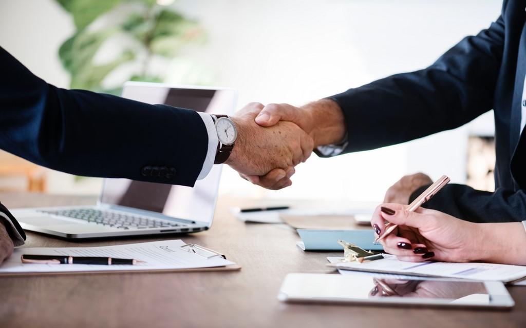 Adaptarnos a situaciones y necesidades jugando un rol de socios estratégicos de nuestros clientes.